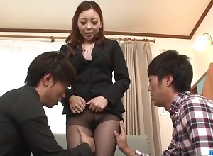 Maki Mizusawa gets precedent-setting venture round precedent-setting meeting