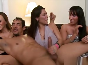 Ludicrous Girls Completely Know Their Party, HD Porn ed xHamster de
