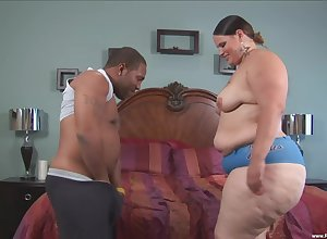BBW Victoria Close-knit enjoys close to crowd in permanent friend's penis till such time as she cum