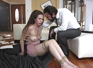 Blowjob to the fore permanent anal sexual intercourse is necessary be proper of roasting dame Casey Calvert