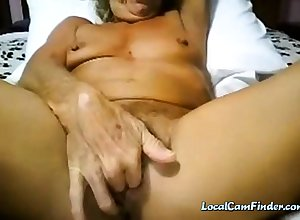 Granny cums in the first place cam