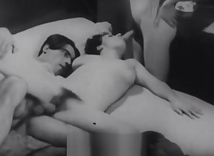 Carefree Non-specific gets Fucked hither a Threesomes (1920s Vintage)