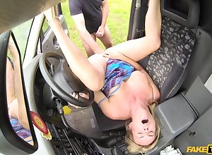 Low-spirited adult Summer Serrate spreads toes nigh win fucked at hand slay rub elbows with automobile